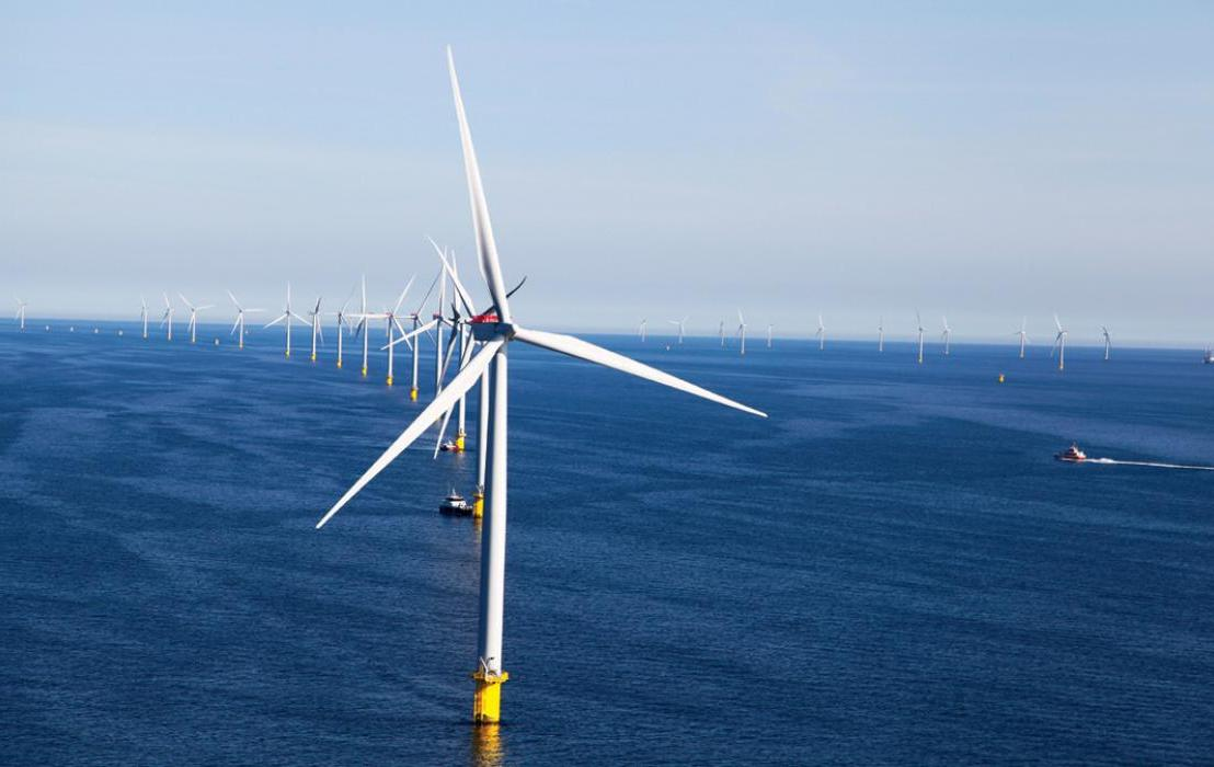 How the Increasing Size of Offshore Wind Turbines is Affecting their Assemblage