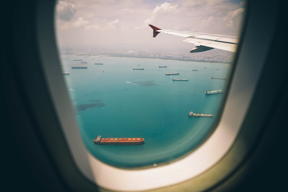 What Type of Glass do Airplanes Use for Windows?