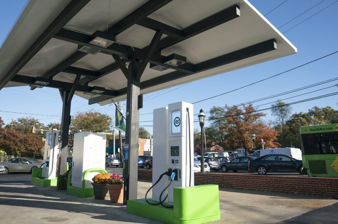 How Small Businesses Can Help with the Proliferation of Electric Vehicle Charging Stations