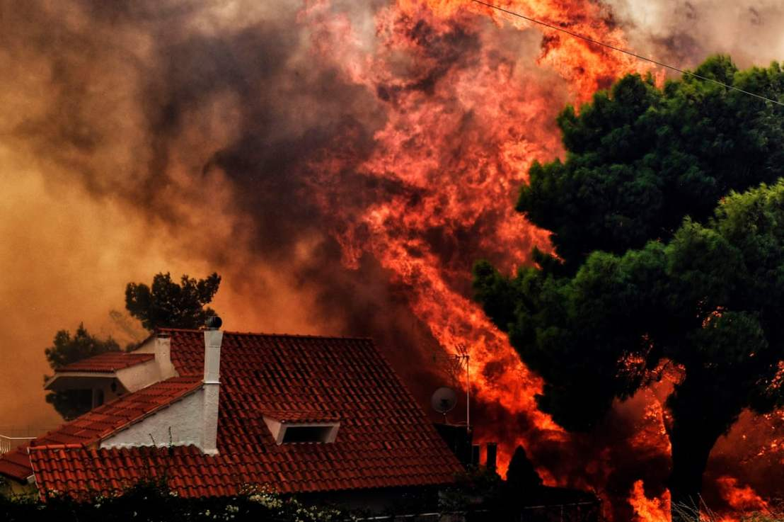 The Impact of Climate Change on Wildfires in MediterraneanClimates