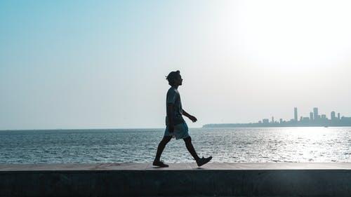 Ensuring Walkability During HeatWaves